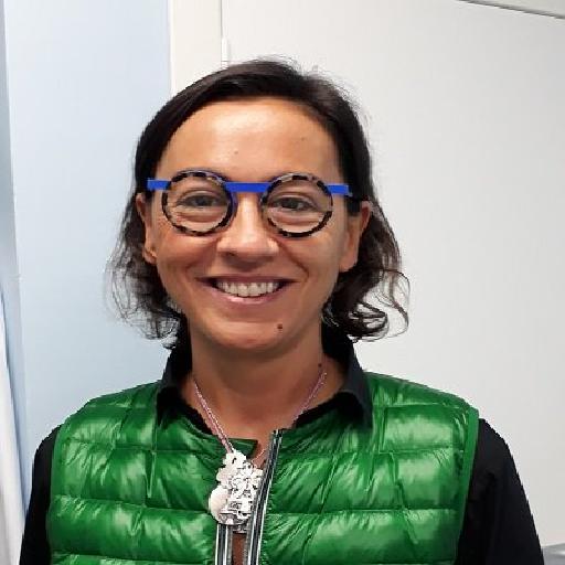 Dra. Elia Guedea, Manuela