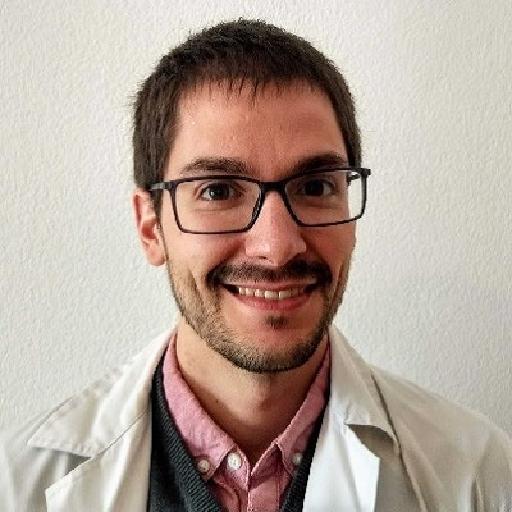 Dr. Larrosa Barrero, Roberto