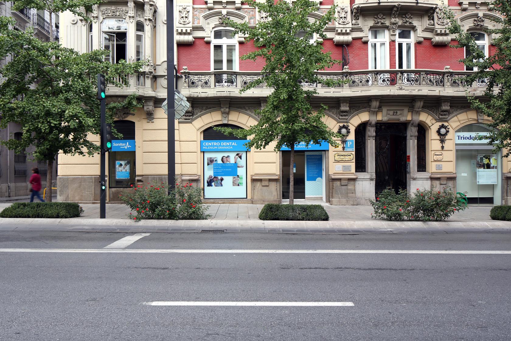 Clinica Adeslas Dental Granada
