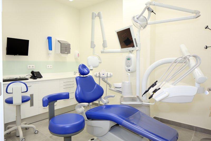 Clinica Dental Las Rosas Dentistas San Blas Canillejas Sanitas