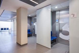 pasillo del centro médico Imperial Tarraco