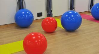 Sala de pilates en el centro médico de Zaragoza
