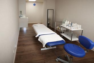 Centro de Bienestar Pozuelo –Sala de Estética - Recepción- Sala de espera