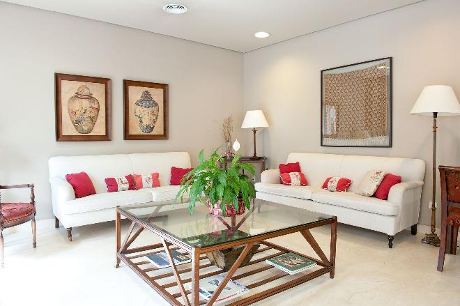 salon interior residencia mayores el viso