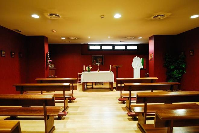 capilla residencia mayores la moraleja