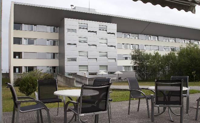 fachada residencia mayores miramon