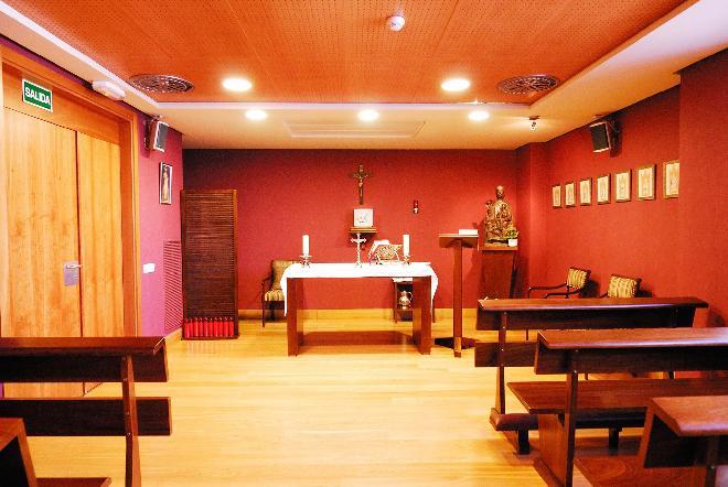 capilla residencia mayores mirasierra