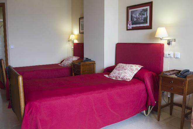 dormitorio residencia mayores santander