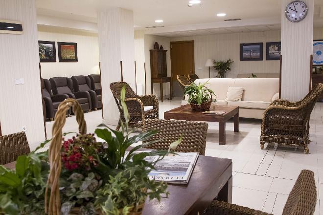 sala descanso residencia mayores santander