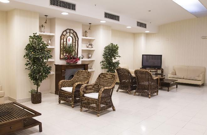 sala residencia mayores santander