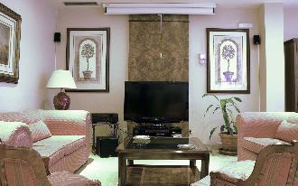 television residencia mayores arturo soria
