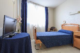 habitacion residencia mayores el mirador