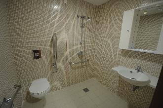baño residencia mayores el palmeral