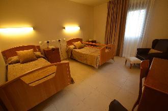 habitacion doble residencia mayores el palmeral