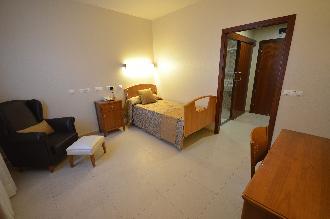 habitacion individual residencia mayores el palmeral