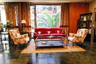salon residencia mayores mirasierra