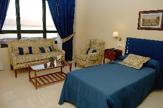 habitacion residencia mayores santander