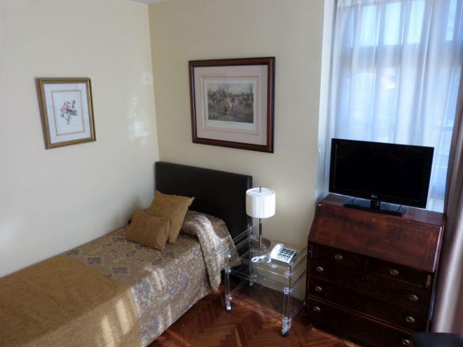 residencia arturo soria apartamento doble compartido superior
