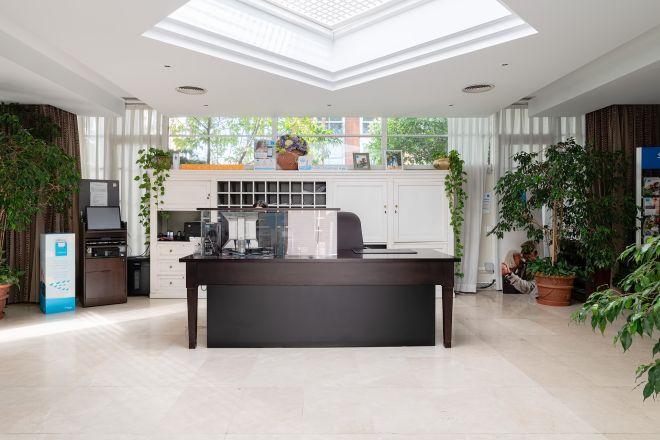recepcion apartamentos arturo soria sanitas