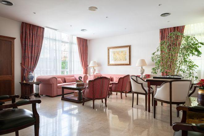 sala apartamentos sanitas arturo soria