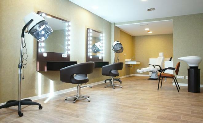 peluquería residencia mayores cornella