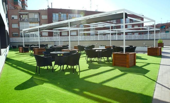terraza residencia sanitas cornella