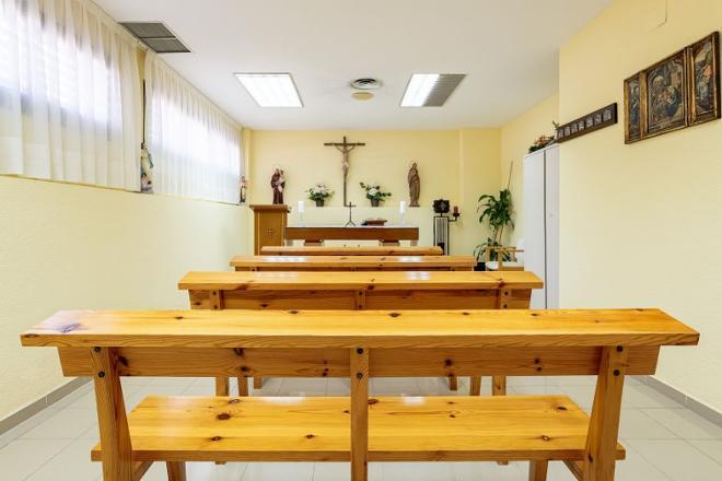capilla residencia mayores las rozas