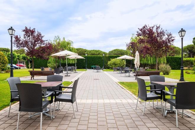 terraza del jardín residencia mayores valladolid
