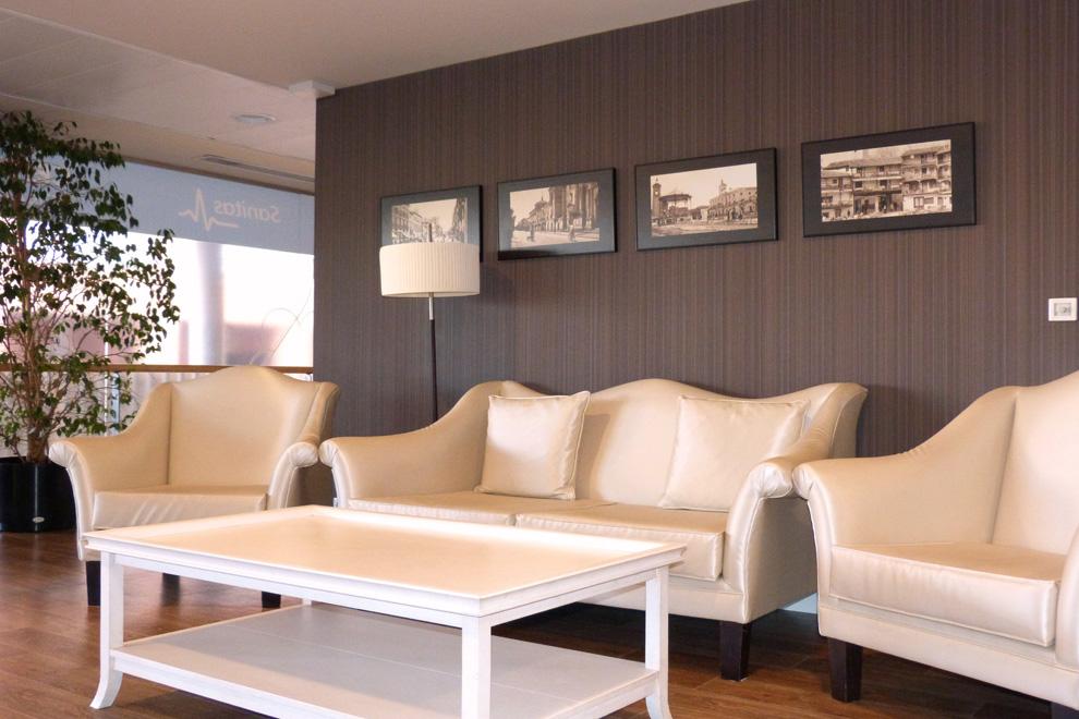 Residencia para mayores henares alcal de henares for Muebles ana mari alcala de henares