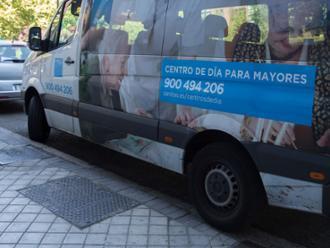 Transporte en el centro de día Sanitas Clara del Rey