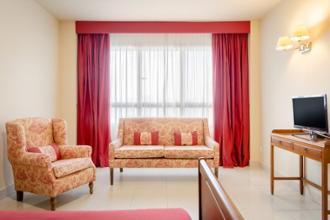 detalle de habitación doble residencia mayores santander