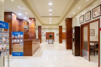 entrada residencia mayores santander