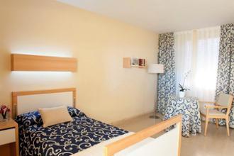 habitacion individual premium residencia tarragona